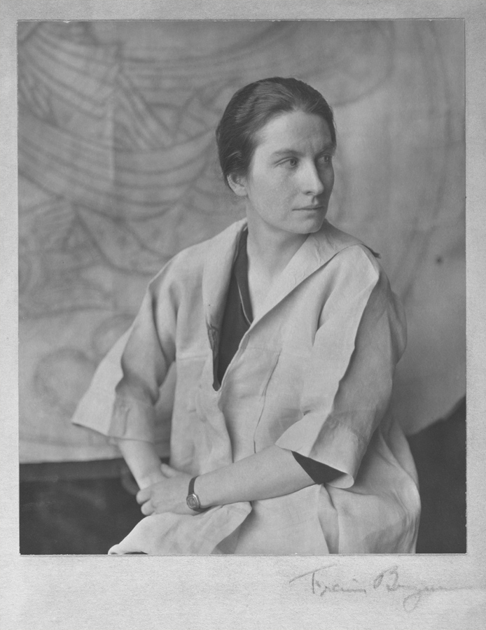 Hildreth Meière, circa 1922 / Francis Joseph Bruguière, photographer. Hildreth Meière papers, 1901-2011, bulk 1911-1960. Archives of American Art, Smithsonian Institution.