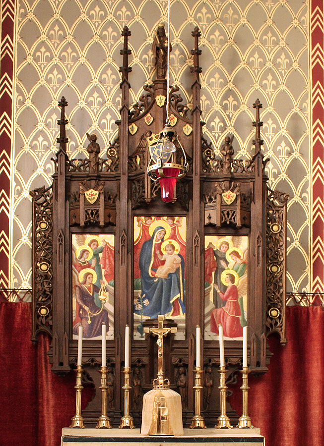 Detail of miniature altarpiece and rear wall