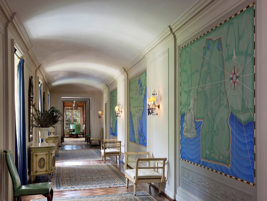 Entrance Hall, with maps and friezes below. ©Jim Barsch, 2014
