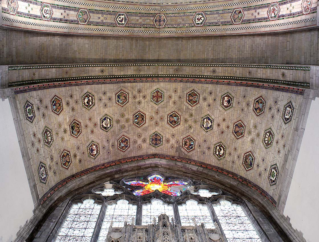 Apse ceiling with medallions depicting the Canticle of the Creatures
