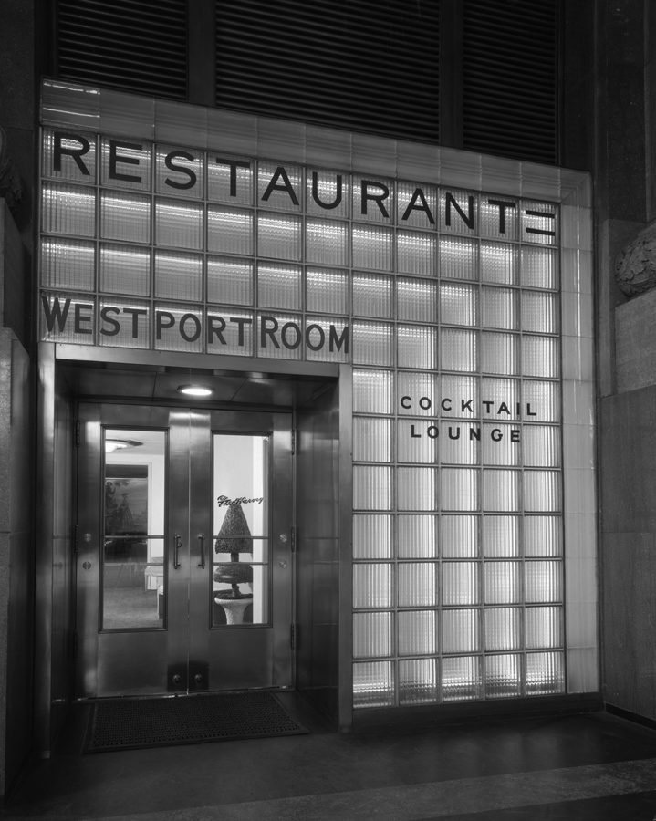 Entrance to Westport Room restaurant and cocktail lounge. Chicago History Museum, Hedrich-Blessing Collection, HB-04696-A, Chicago, IL